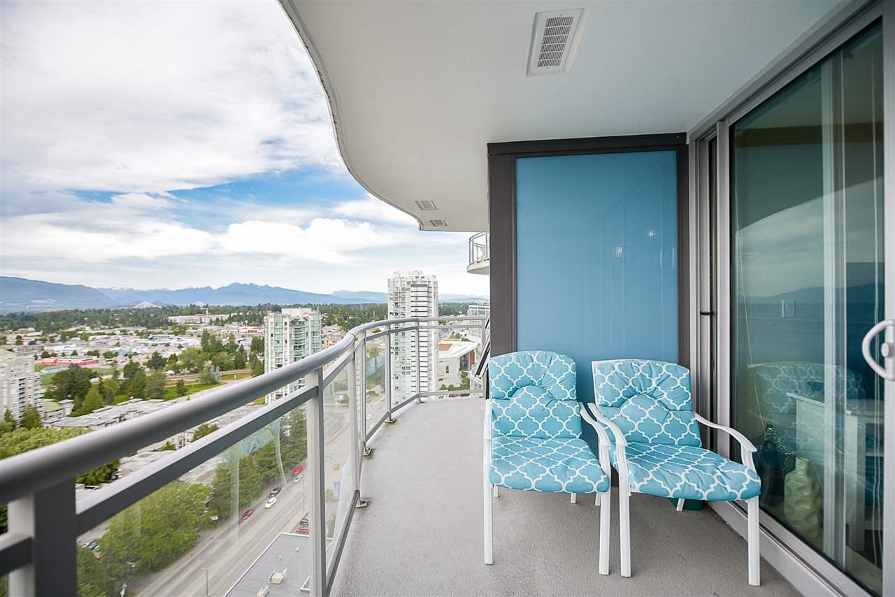 Condo Apartment at 2502 13303 103A AVENUE, Unit 2502, North Surrey, British Columbia. Image 15