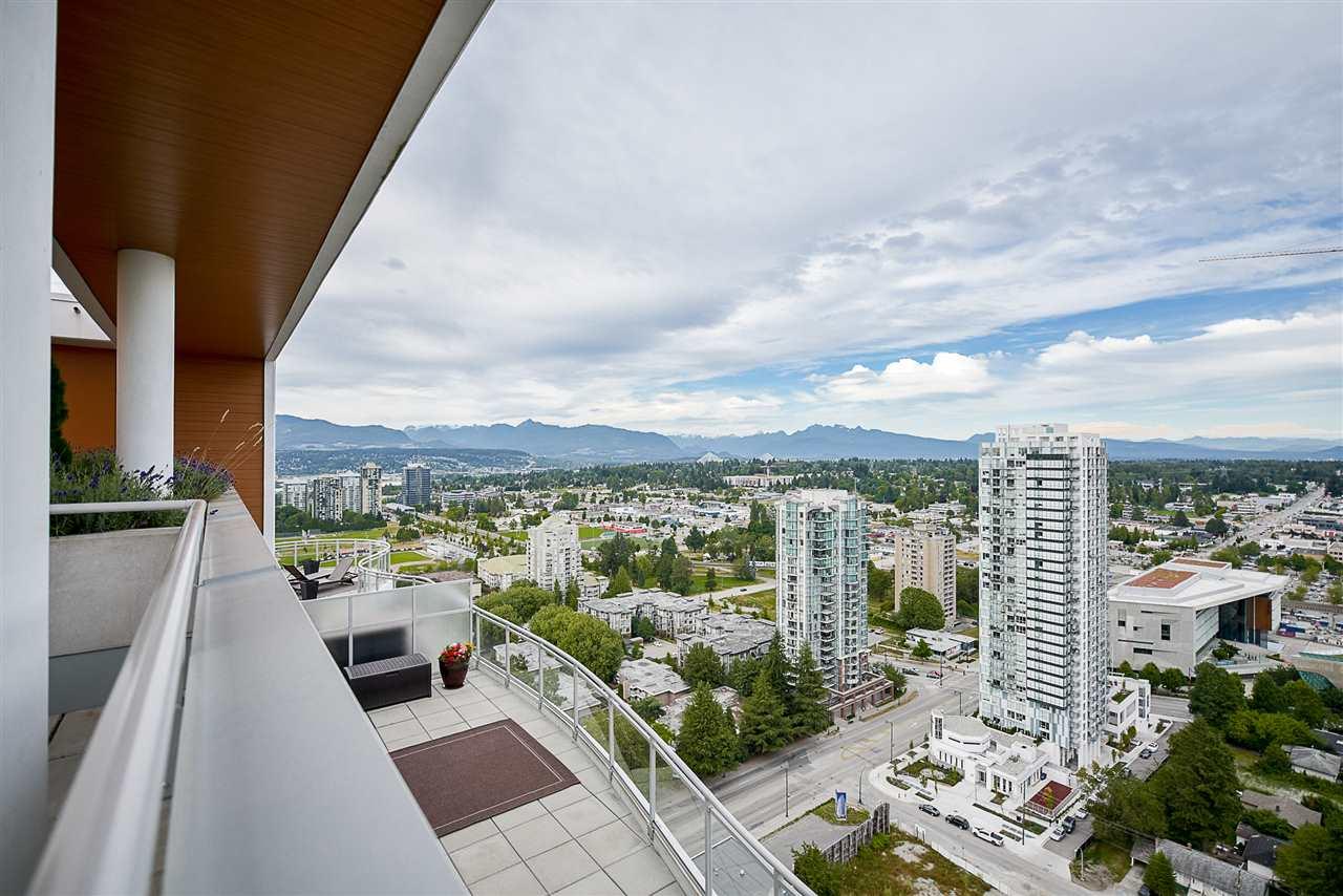 Condo Apartment at 2502 13303 103A AVENUE, Unit 2502, North Surrey, British Columbia. Image 17