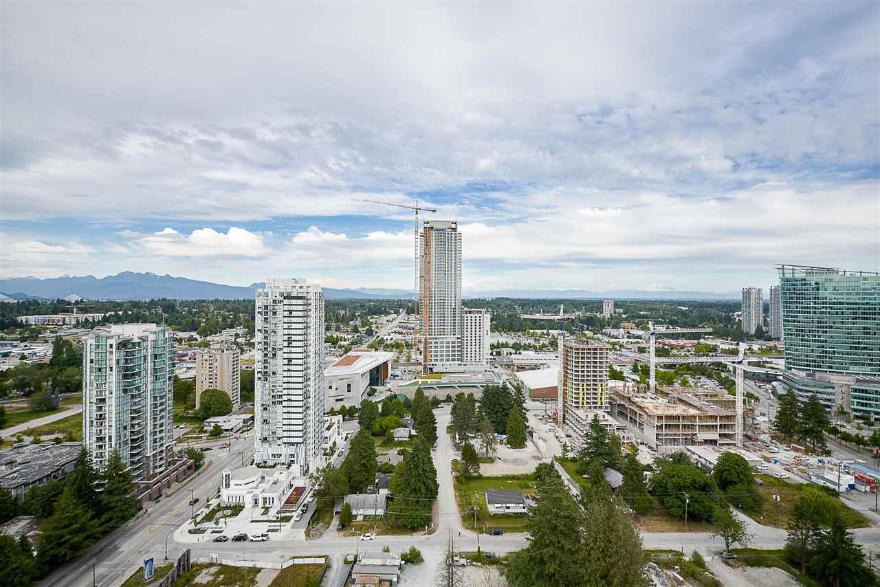 Condo Apartment at 2502 13303 103A AVENUE, Unit 2502, North Surrey, British Columbia. Image 19