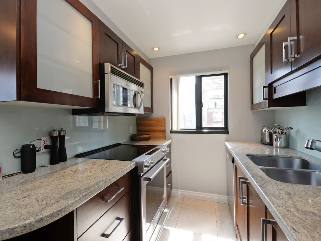 Condo Apartment at 901 1155 HOMER STREET, Unit 901, Vancouver West, British Columbia. Image 7