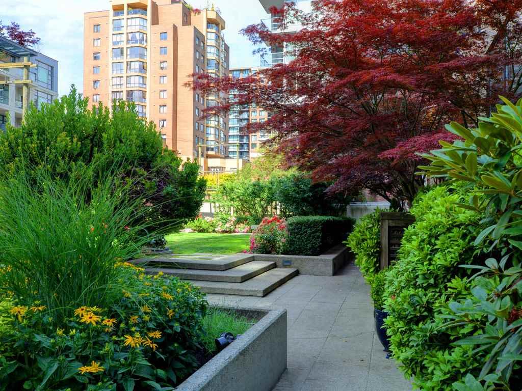 Condo Apartment at 901 1155 HOMER STREET, Unit 901, Vancouver West, British Columbia. Image 20