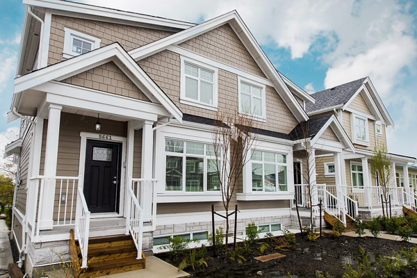 Townhouse at 5665 KILLARNEY STREET, Vancouver East, British Columbia. Image 1