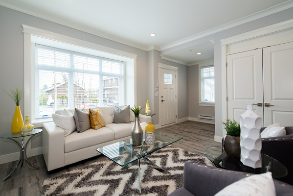 Townhouse at 5665 KILLARNEY STREET, Vancouver East, British Columbia. Image 2