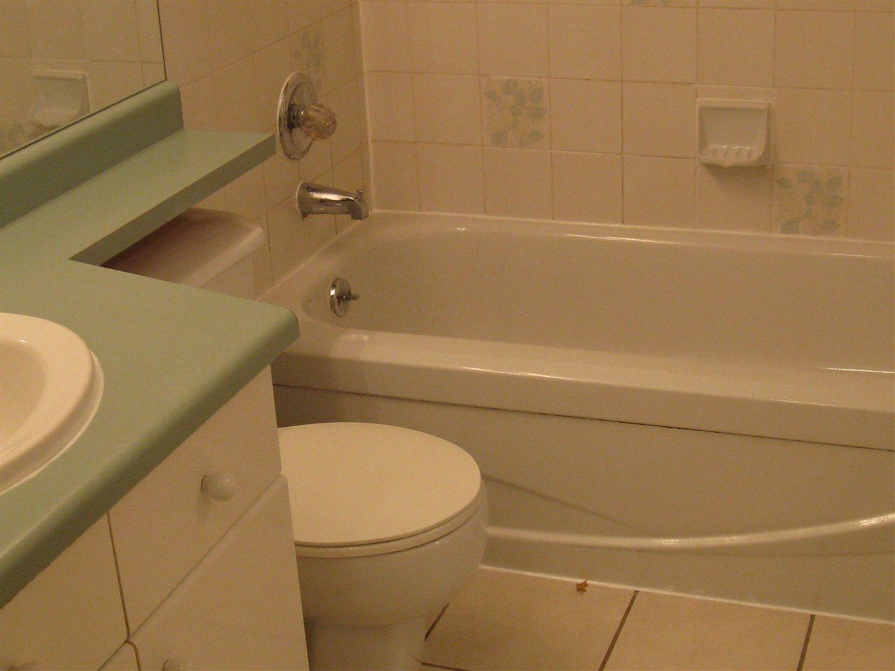Condo Apartment at 116 98 LAVAL STREET, Unit 116, Coquitlam, British Columbia. Image 10