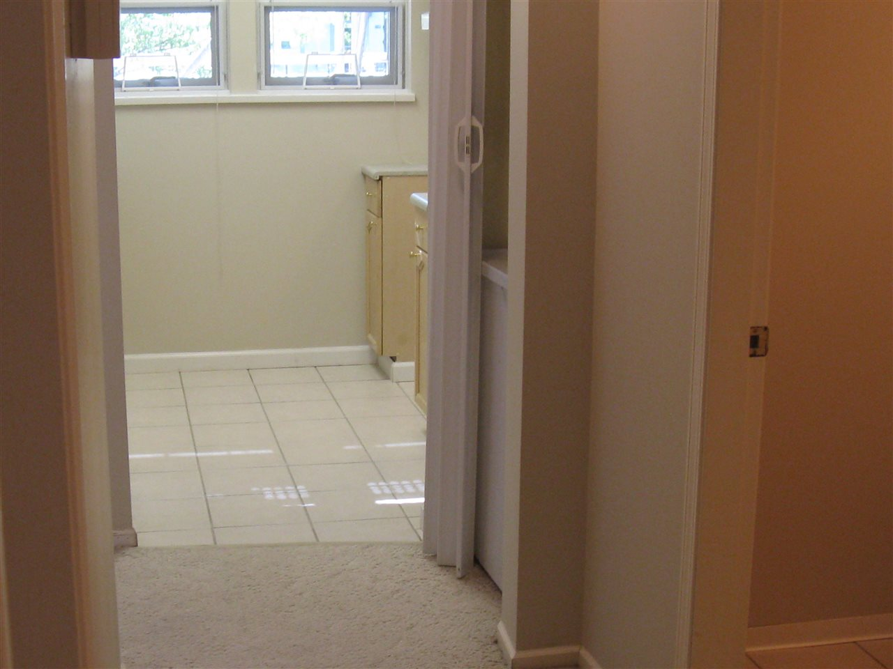 Condo Apartment at 116 98 LAVAL STREET, Unit 116, Coquitlam, British Columbia. Image 12