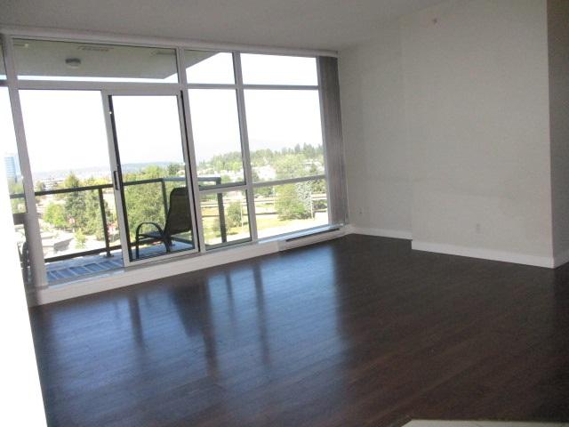 Condo Apartment at 702 13399 104TH STREET, Unit 702, North Surrey, British Columbia. Image 2