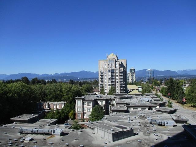 Condo Apartment at 702 13399 104TH STREET, Unit 702, North Surrey, British Columbia. Image 11