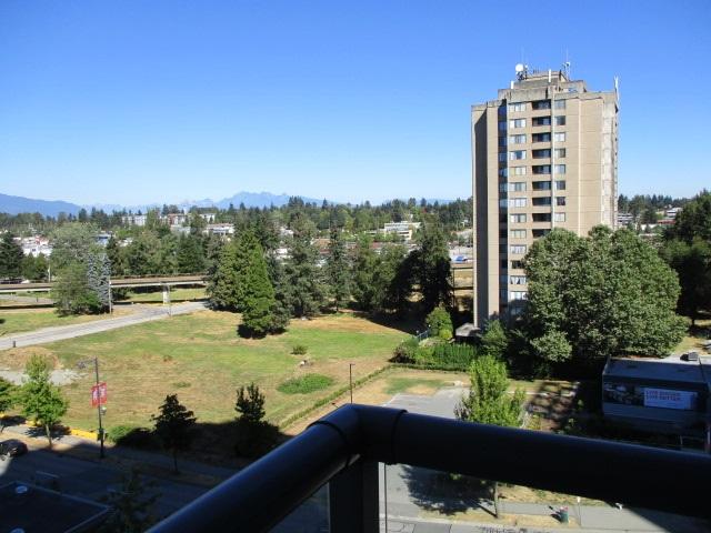 Condo Apartment at 702 13399 104TH STREET, Unit 702, North Surrey, British Columbia. Image 12