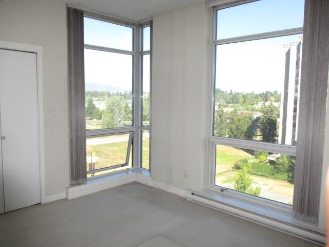 Condo Apartment at 702 13399 104TH STREET, Unit 702, North Surrey, British Columbia. Image 16