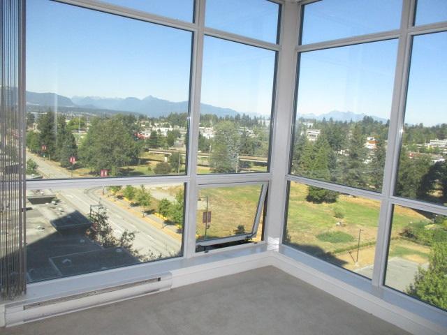 Condo Apartment at 702 13399 104TH STREET, Unit 702, North Surrey, British Columbia. Image 17