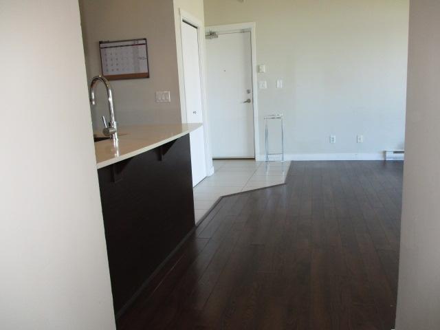 Condo Apartment at 702 13399 104TH STREET, Unit 702, North Surrey, British Columbia. Image 19