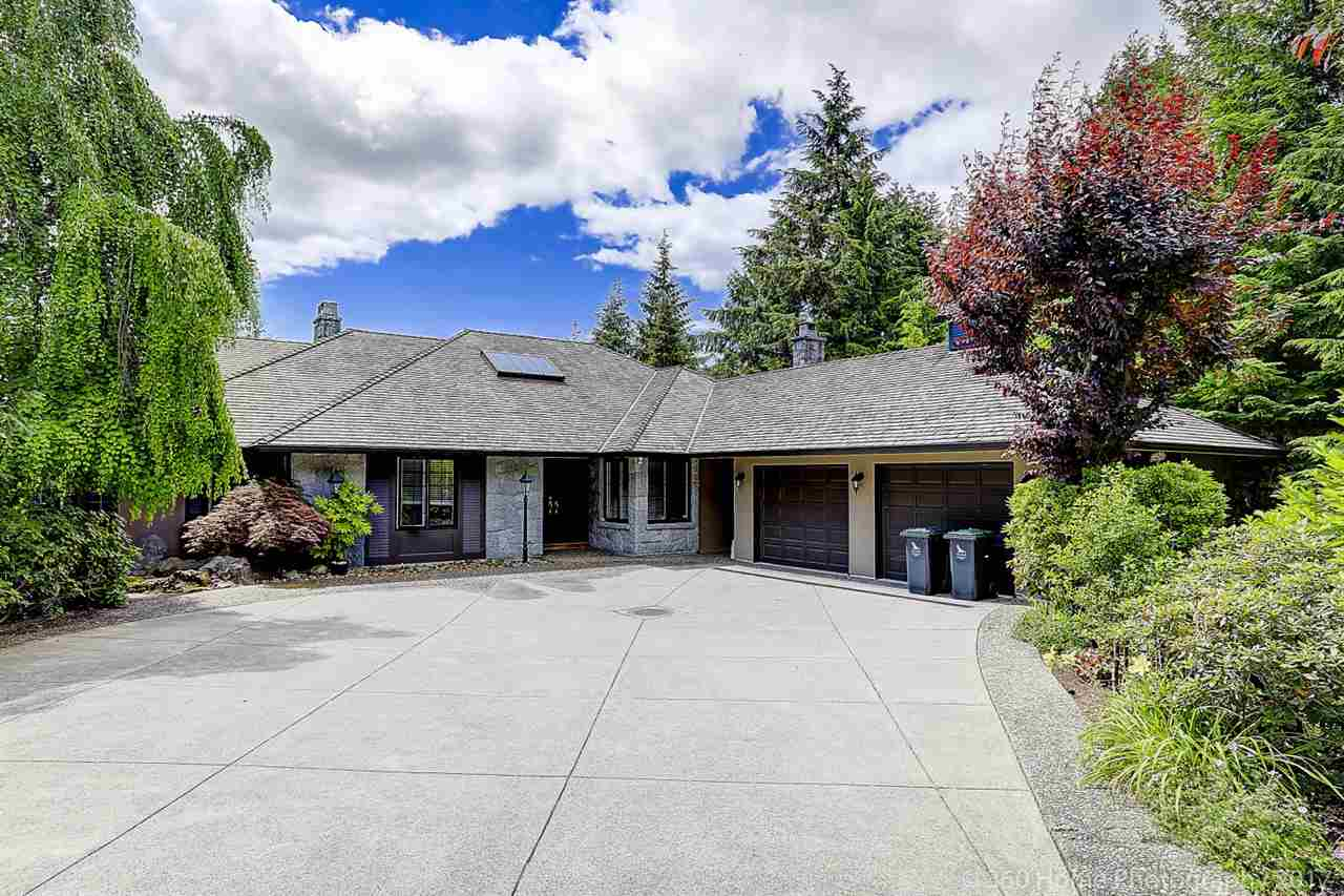 Detached at 4685 PROSPECT ROAD, North Vancouver, British Columbia. Image 1