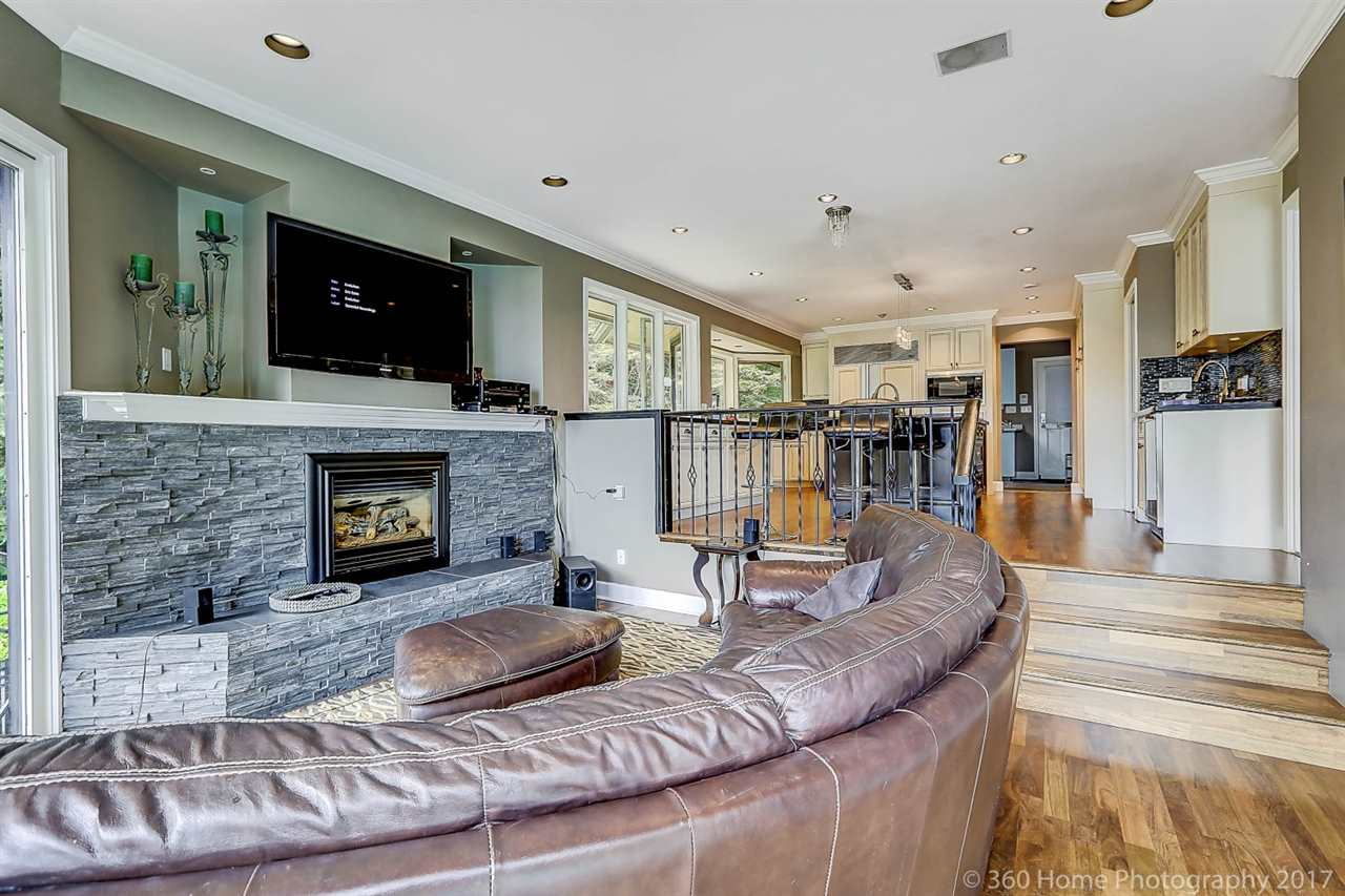 Detached at 4685 PROSPECT ROAD, North Vancouver, British Columbia. Image 9