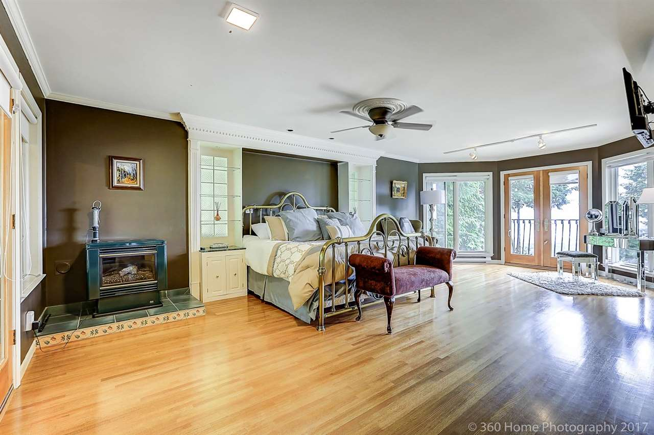 Detached at 4685 PROSPECT ROAD, North Vancouver, British Columbia. Image 11