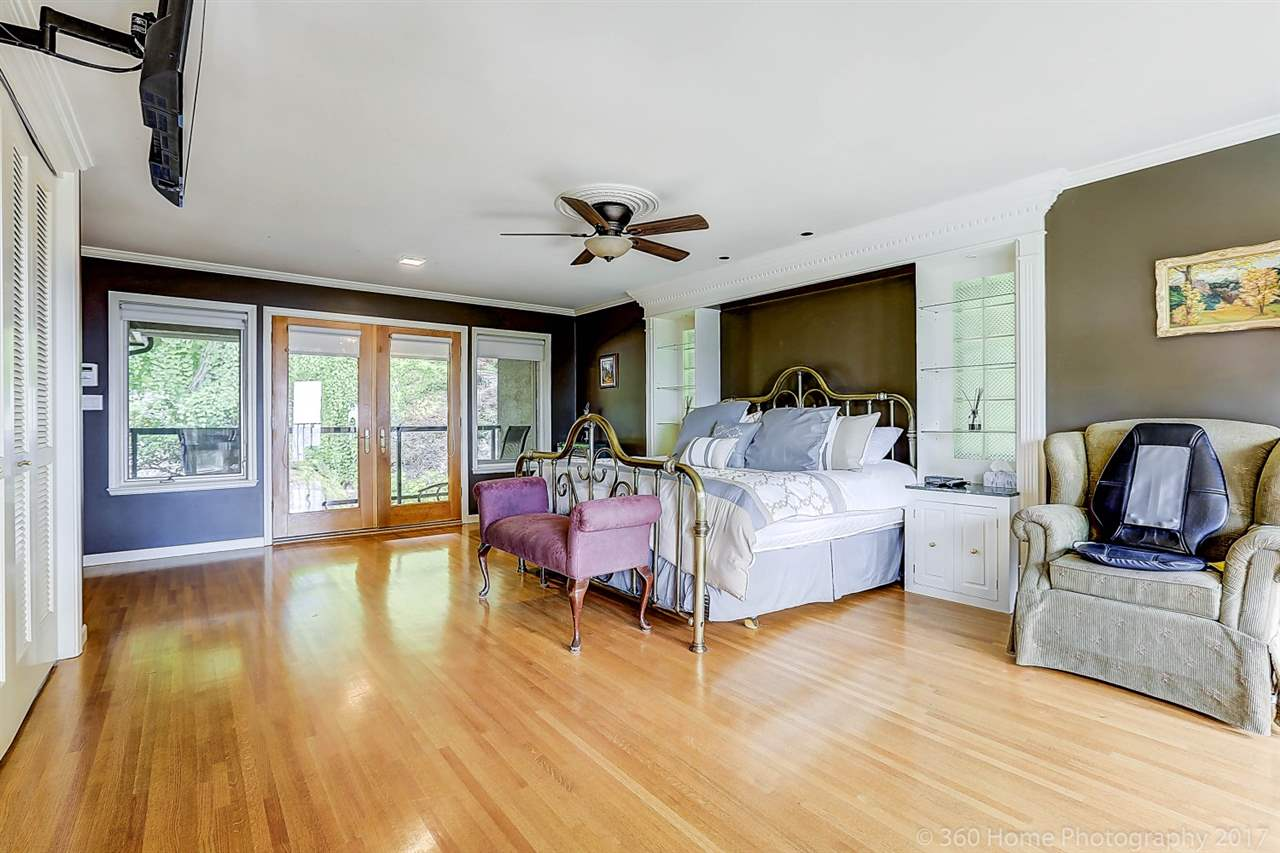 Detached at 4685 PROSPECT ROAD, North Vancouver, British Columbia. Image 12