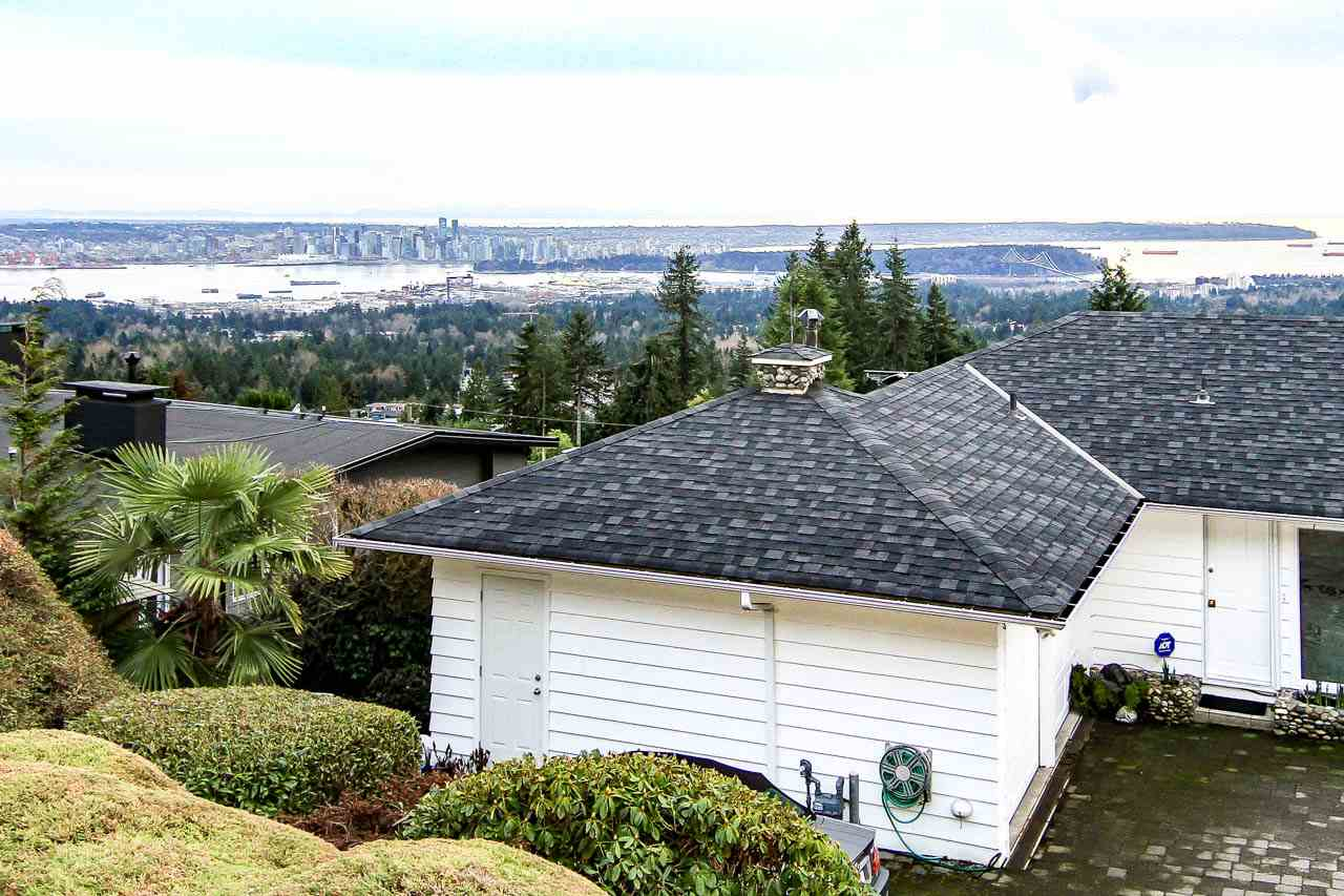 Detached at 4685 PROSPECT ROAD, North Vancouver, British Columbia. Image 19
