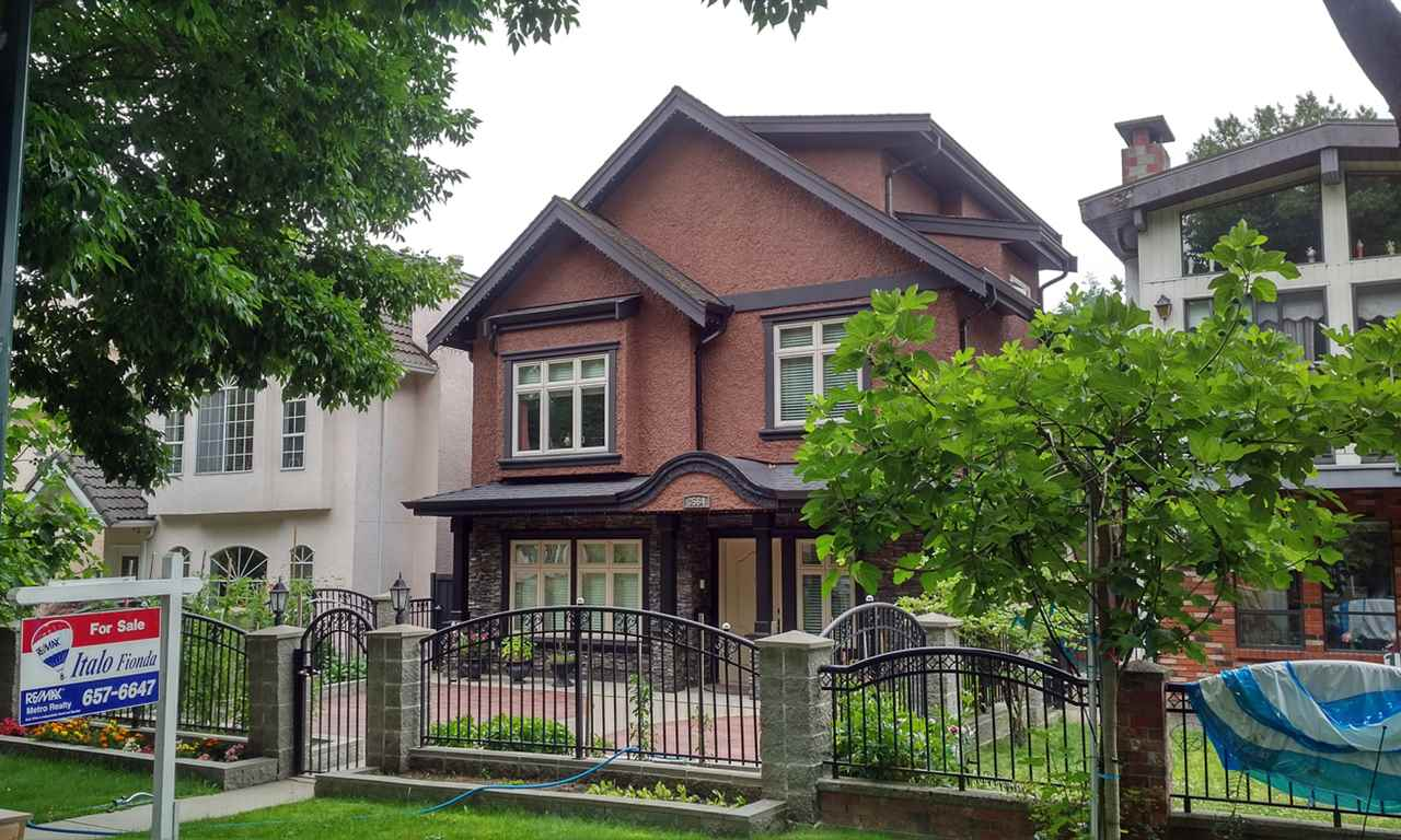 Detached at 3564 WILLIAM STREET, Vancouver East, British Columbia. Image 1