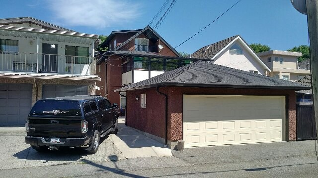 Detached at 3564 WILLIAM STREET, Vancouver East, British Columbia. Image 3