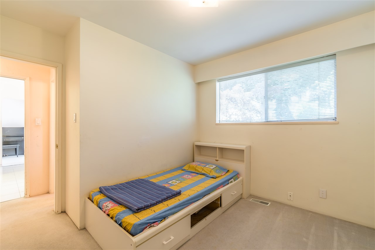 Detached at 7957 ELLIOTT STREET, Vancouver East, British Columbia. Image 10