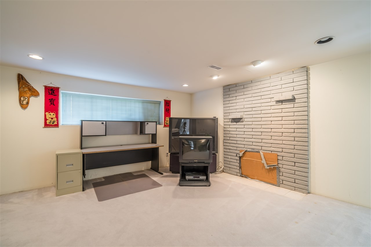 Detached at 7957 ELLIOTT STREET, Vancouver East, British Columbia. Image 14