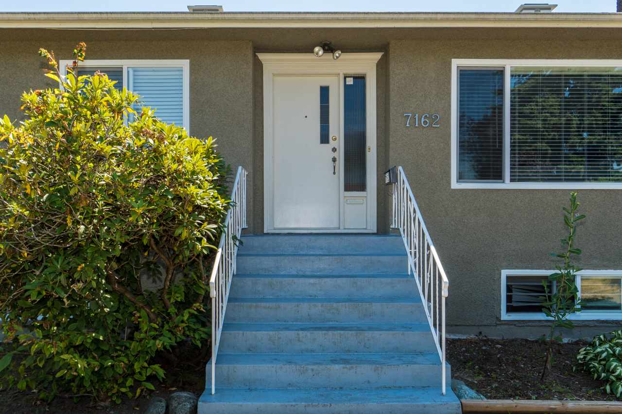 Detached at 7162 MCBRIDE STREET, Burnaby South, British Columbia. Image 2