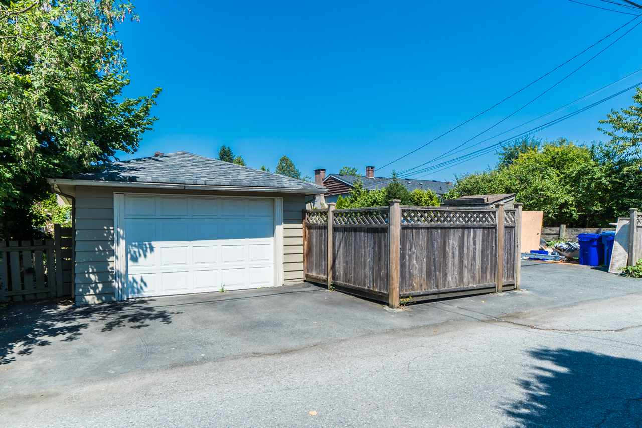 Detached at 7162 MCBRIDE STREET, Burnaby South, British Columbia. Image 5