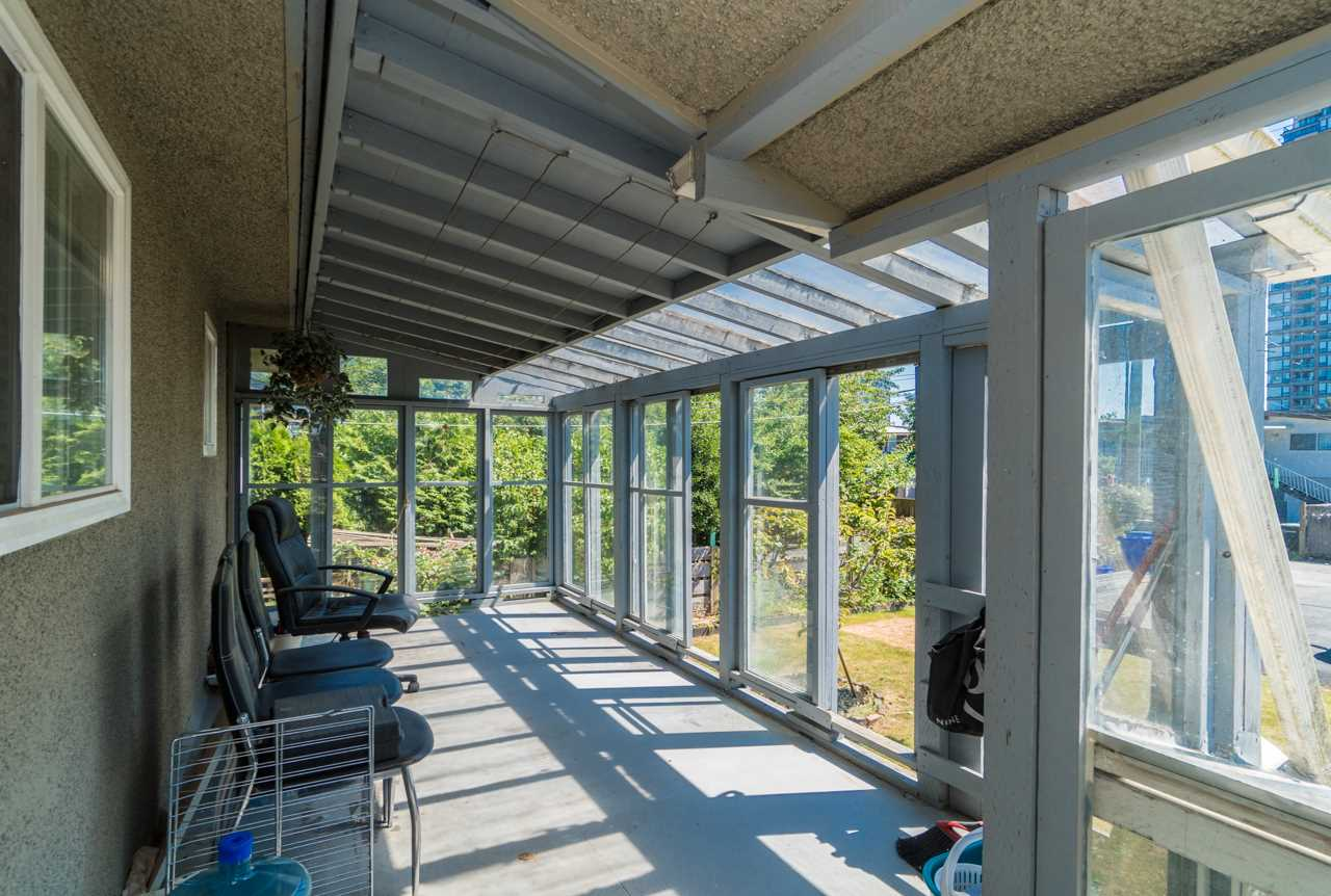 Detached at 7162 MCBRIDE STREET, Burnaby South, British Columbia. Image 6