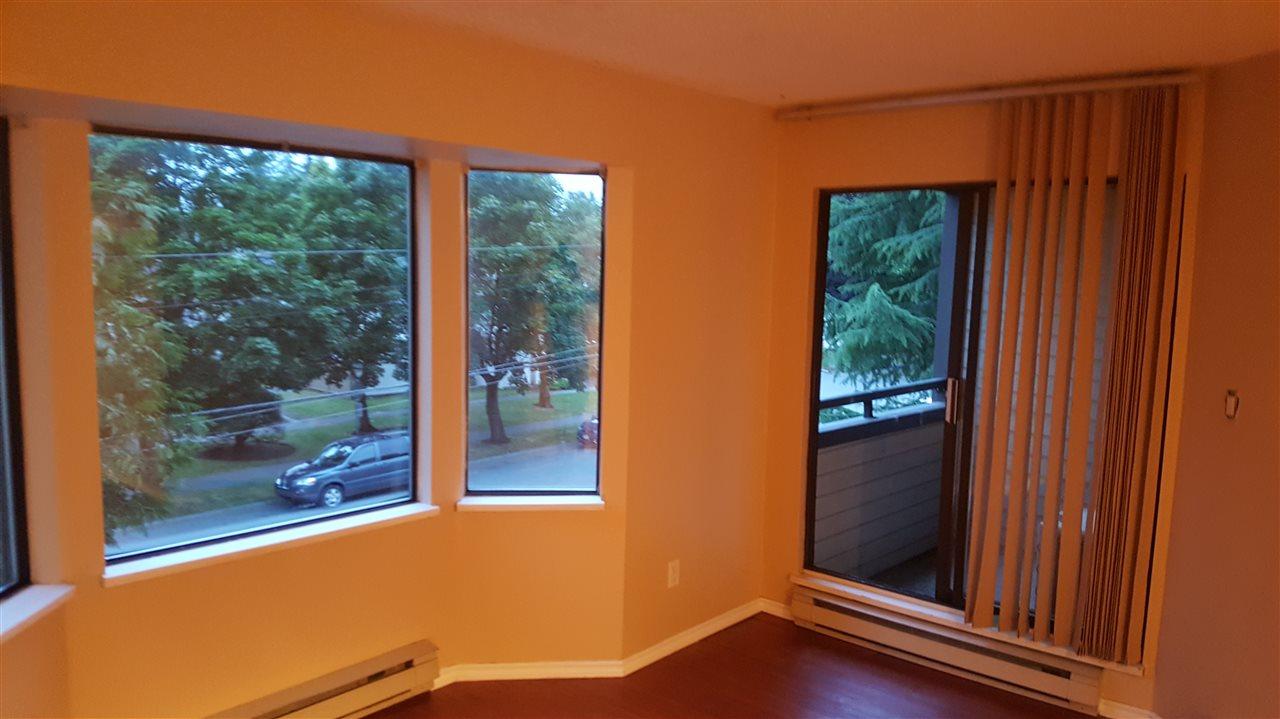 Condo Apartment at 216 5224 204 STREET, Unit 216, Langley, British Columbia. Image 4