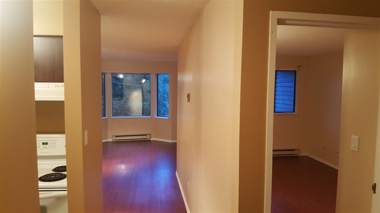 Condo Apartment at 216 5224 204 STREET, Unit 216, Langley, British Columbia. Image 6