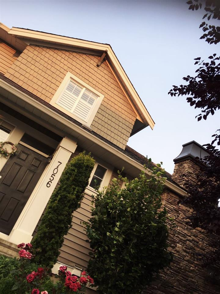 Detached at 7056 179 STREET, Cloverdale, British Columbia. Image 2