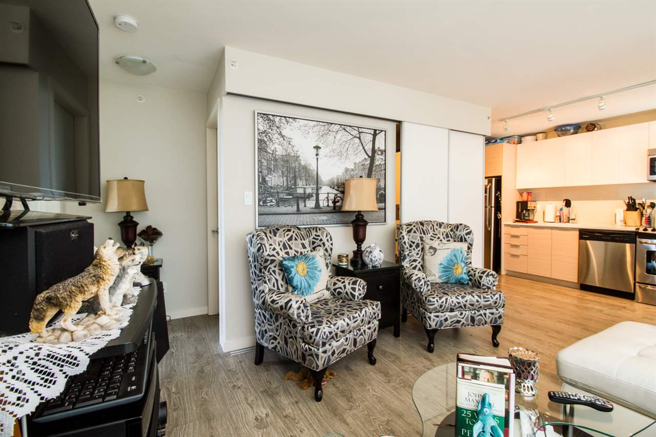 Condo Apartment at 1805 13303 103A AVENUE, Unit 1805, North Surrey, British Columbia. Image 1