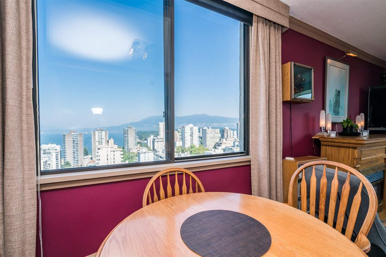 Condo Apartment at 1901 1330 HARWOOD STREET, Unit 1901, Vancouver West, British Columbia. Image 5