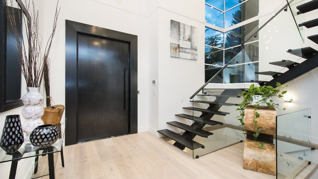Detached at 2796 NEWMARKET DRIVE, North Vancouver, British Columbia. Image 2