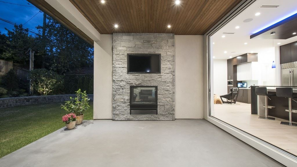 Detached at 2796 NEWMARKET DRIVE, North Vancouver, British Columbia. Image 8