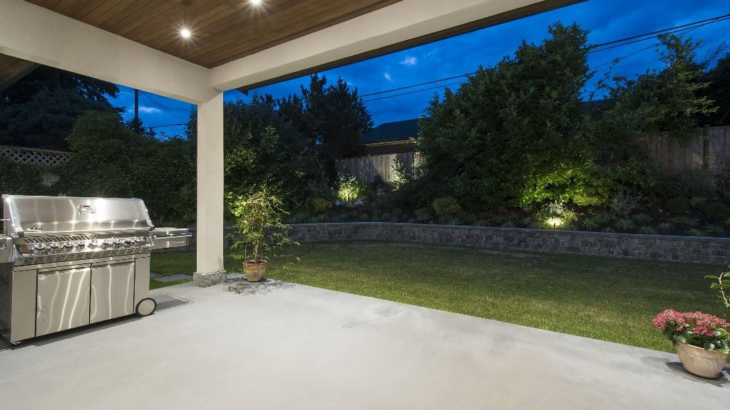 Detached at 2796 NEWMARKET DRIVE, North Vancouver, British Columbia. Image 9