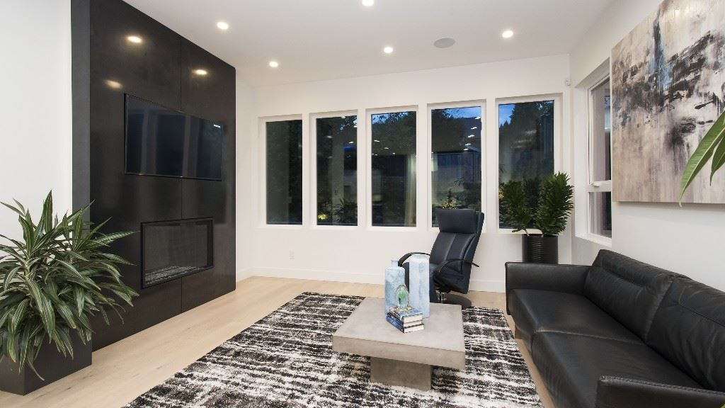 Detached at 2796 NEWMARKET DRIVE, North Vancouver, British Columbia. Image 10