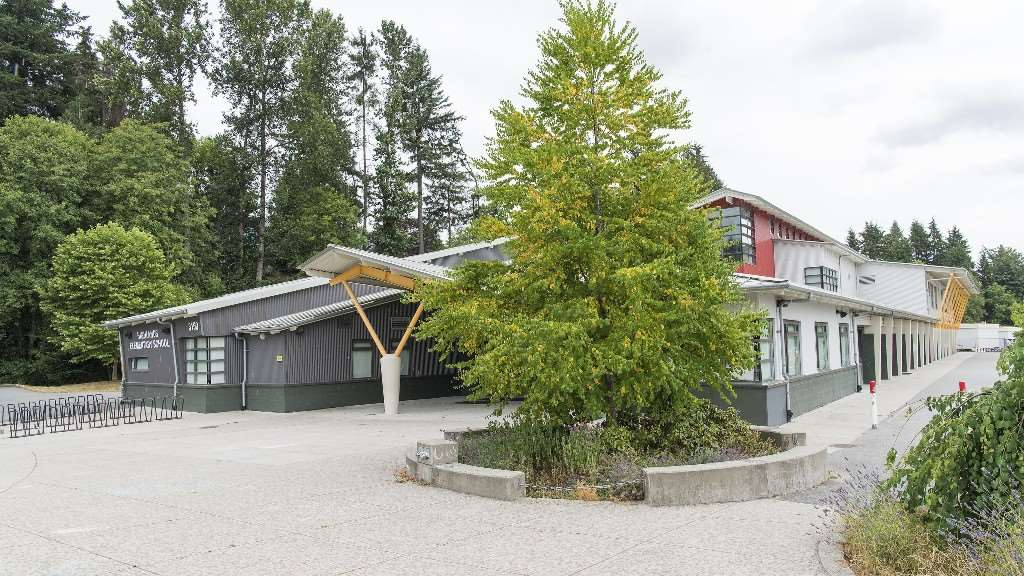 Detached at 2796 NEWMARKET DRIVE, North Vancouver, British Columbia. Image 19