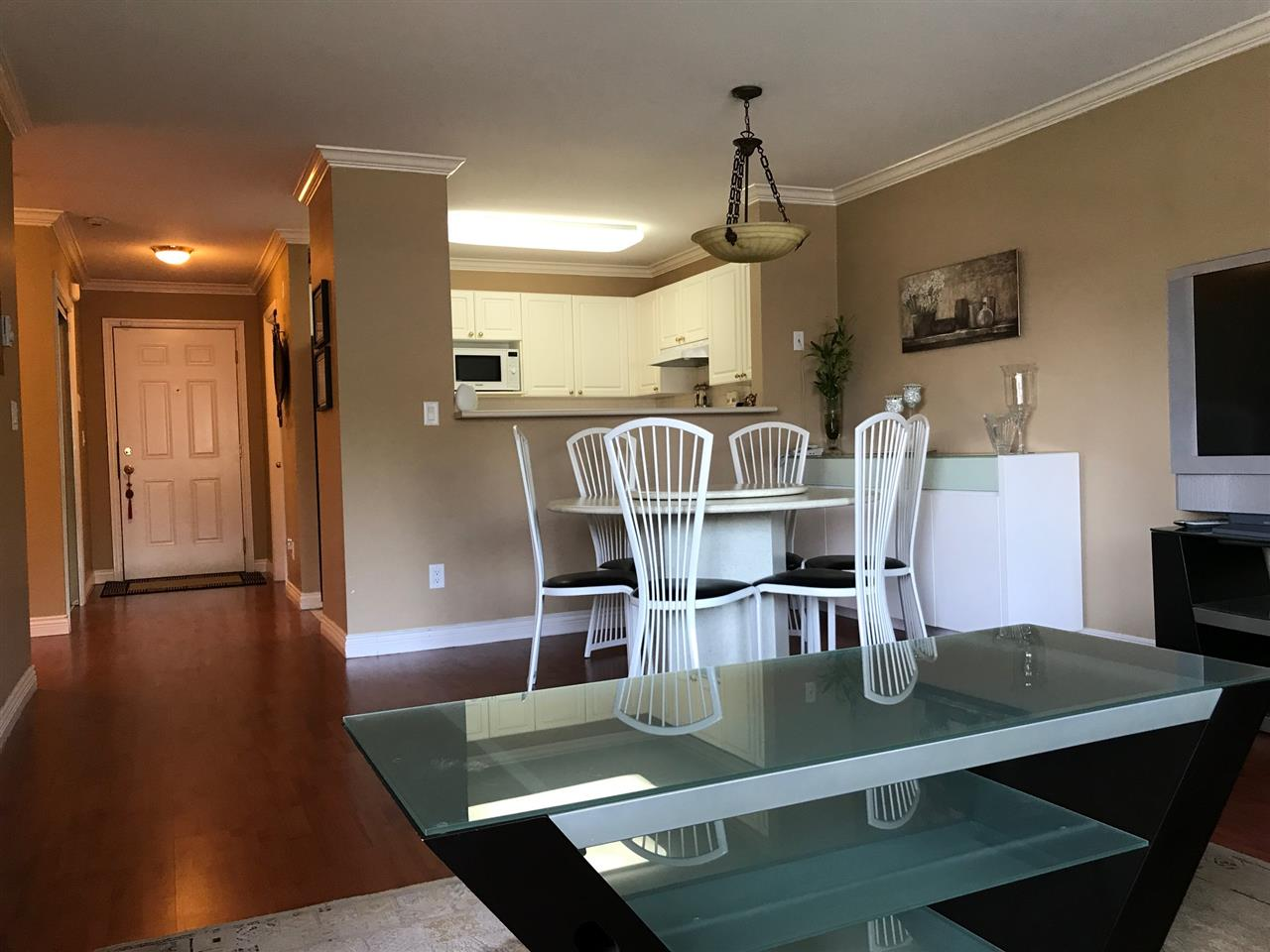 Condo Apartment at 305 13680 84 AVENUE, Unit 305, Surrey, British Columbia. Image 10