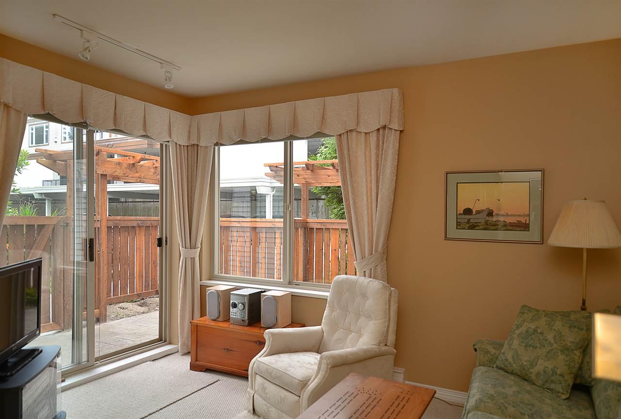 Condo Apartment at 201 5780 TRAIL AVENUE, Unit 201, Sunshine Coast, British Columbia. Image 11