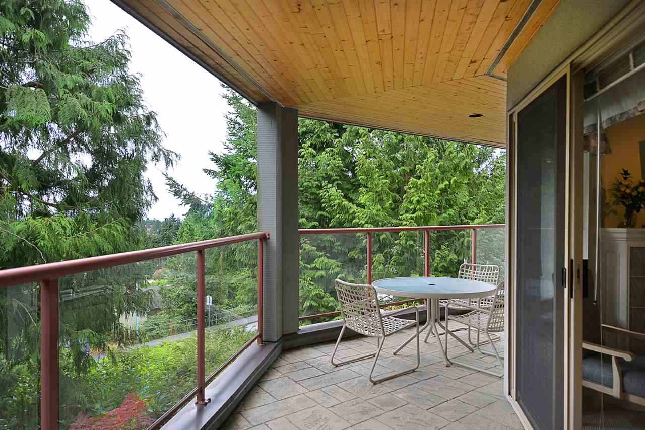 Condo Apartment at 201 5780 TRAIL AVENUE, Unit 201, Sunshine Coast, British Columbia. Image 15
