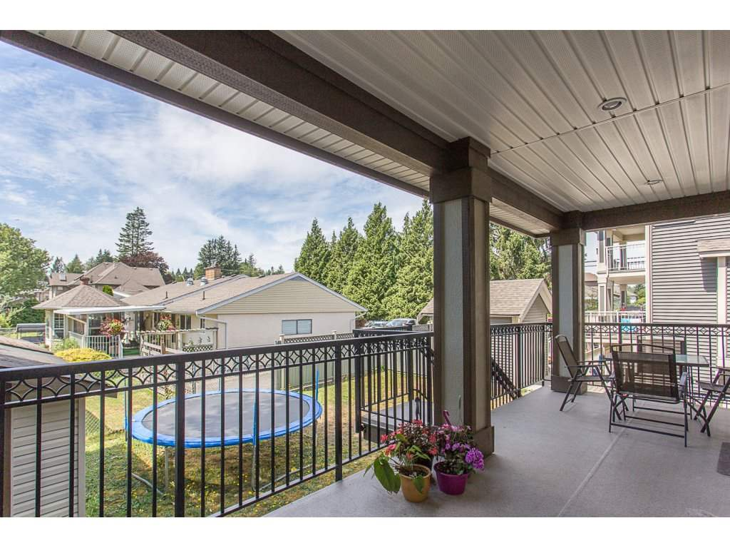 Detached at 2733 VICTORIA STREET, Abbotsford, British Columbia. Image 19