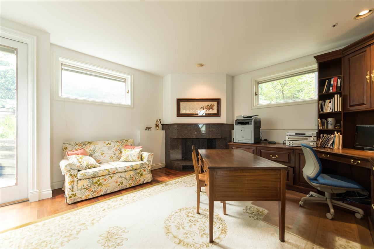 Detached at 4612 PUGET DRIVE, Vancouver West, British Columbia. Image 14