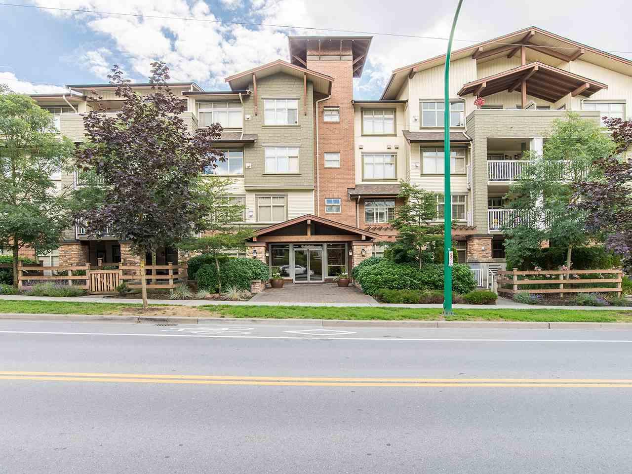 Condo Apartment at 204 6500 194 STREET, Unit 204, Cloverdale, British Columbia. Image 1