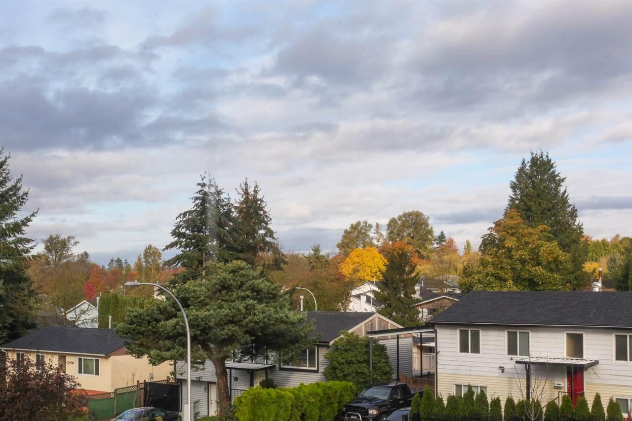 Detached at 15040 86 AVENUE, Surrey, British Columbia. Image 5