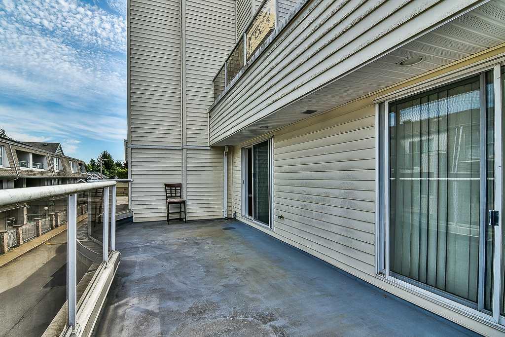 Condo Apartment at 214 13771 72A AVENUE, Unit 214, Surrey, British Columbia. Image 14