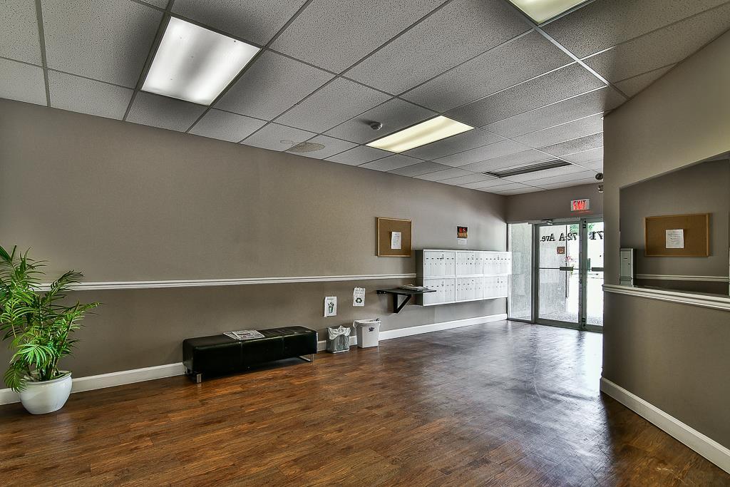 Condo Apartment at 214 13771 72A AVENUE, Unit 214, Surrey, British Columbia. Image 17