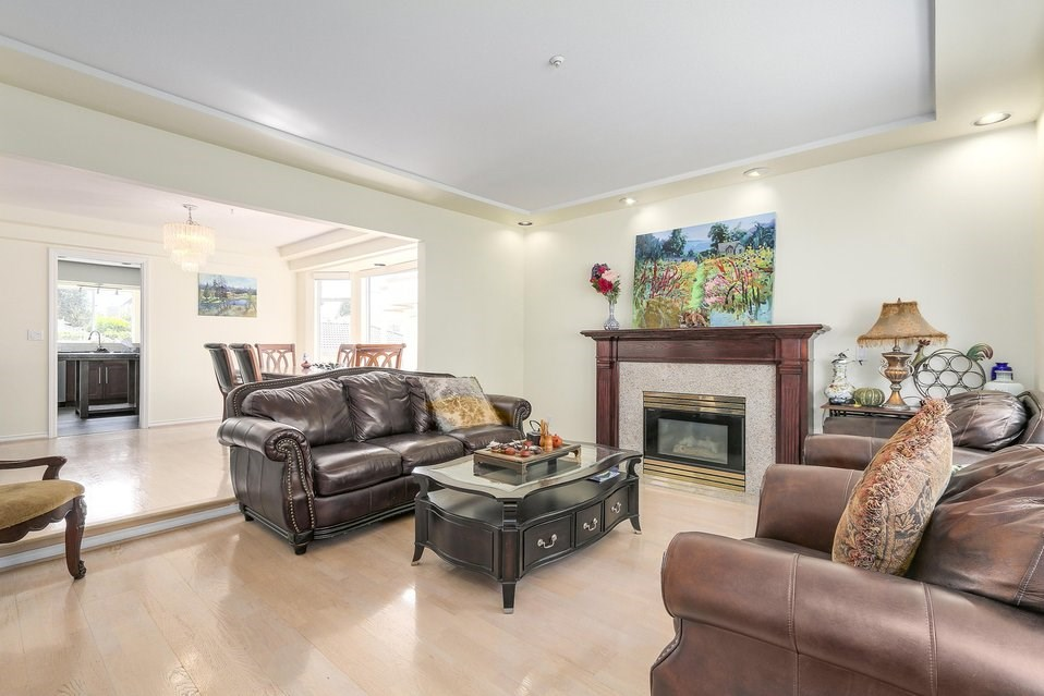 Detached at 2410 W 19TH AVENUE, Vancouver West, British Columbia. Image 4