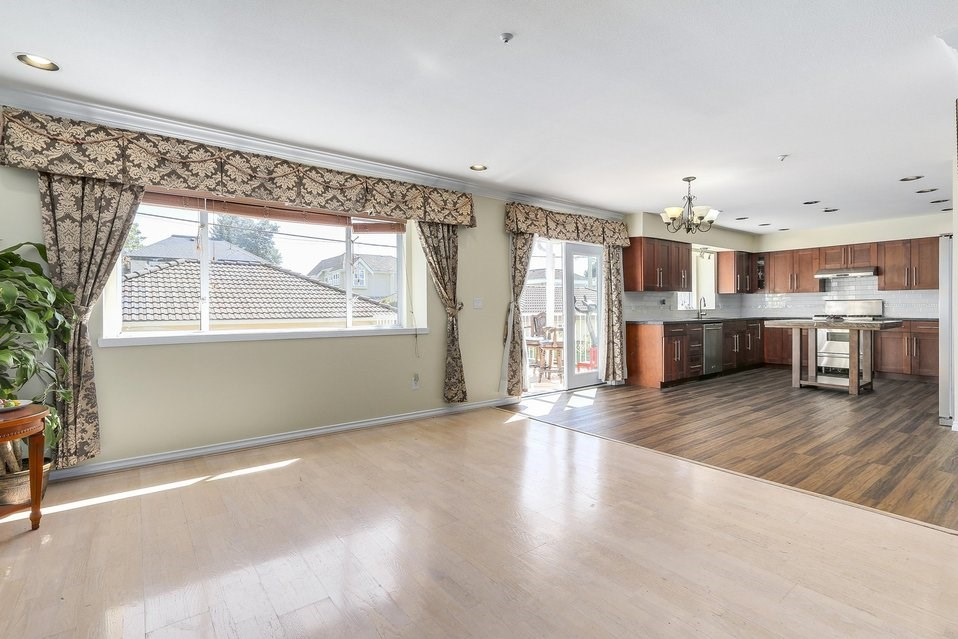 Detached at 2410 W 19TH AVENUE, Vancouver West, British Columbia. Image 10