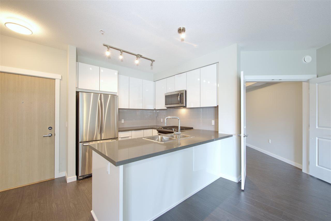 Condo Apartment at 213 607 COTTONWOOD AVENUE, Unit 213, Coquitlam, British Columbia. Image 7