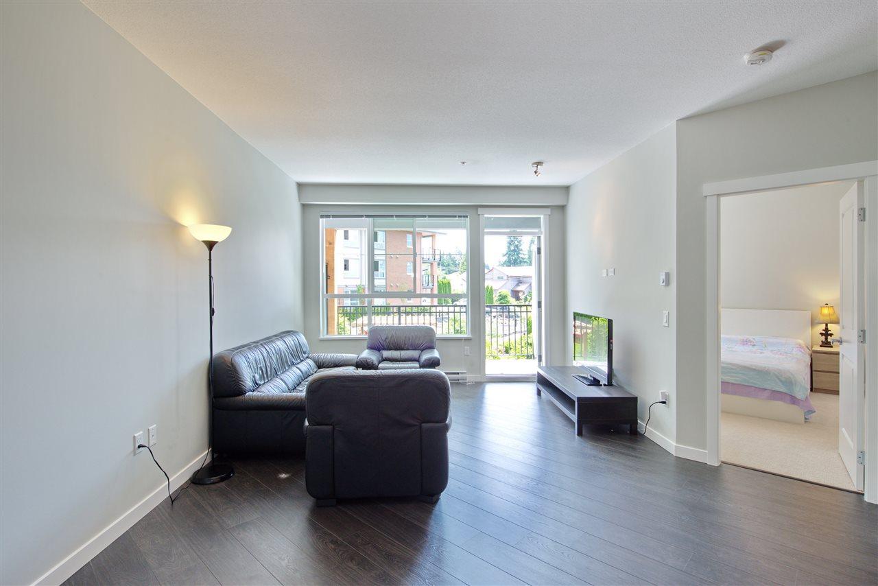 Condo Apartment at 213 607 COTTONWOOD AVENUE, Unit 213, Coquitlam, British Columbia. Image 11